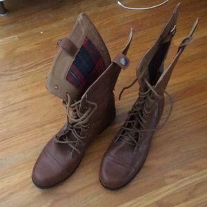 Lace up faux leather boots